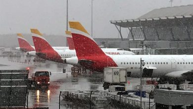 Photo of Aeropuerto de Madrid sufre retrasos y cancelaciones por tormenta de nieve