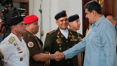 Photo of Maduro autorizó aumento de salario para integrantes de la FANB