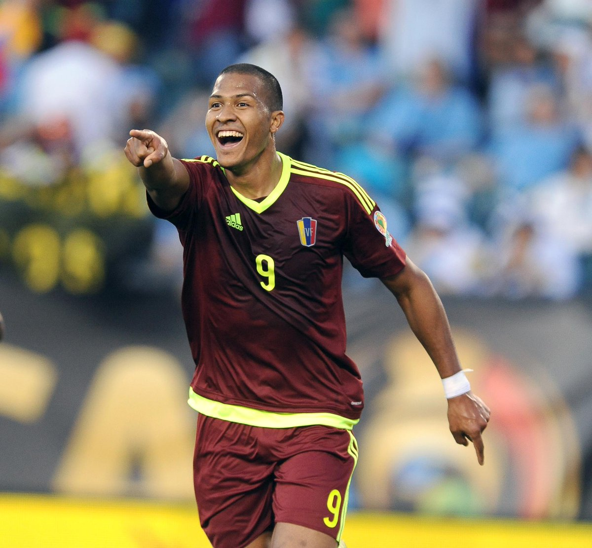 Photo of Salomón Rondón no sabe si regresa a China