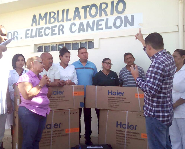 Photo of Ambulatorio Doctor Eliécer Canelón recibe aires y batería para la planta