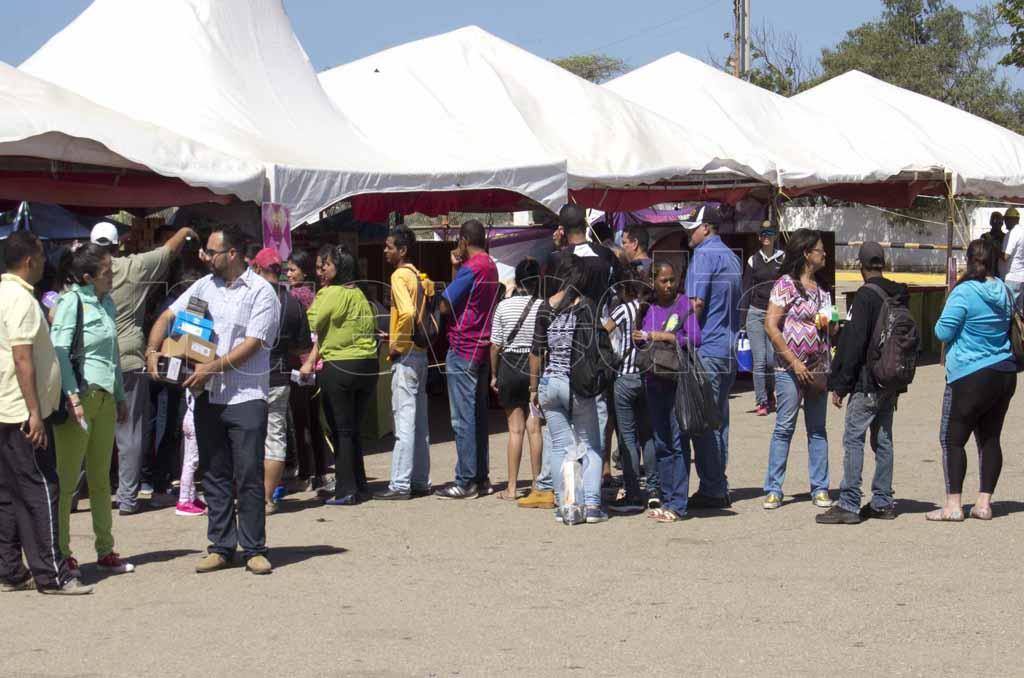 Cinco jornadas masivas: Compradores satisfechos  con Ciudadela Comercial de Paraguaná