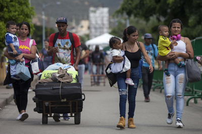Photo of Acnur: Refugiados y migrantes procedentes de Venezuela llega a 3,4 millones