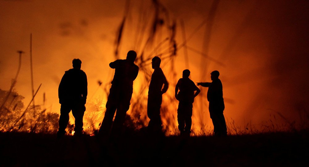 Photo of Más de 20 incendios amenazan a poblados del centro de Chile