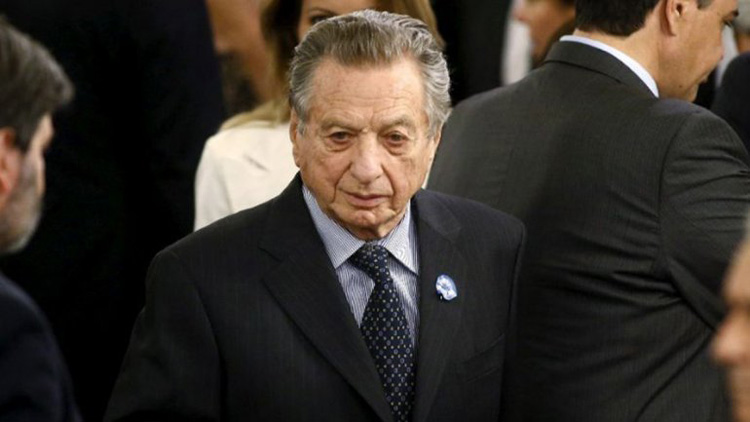 Photo of Muere en Argentina padre del presidente Macri