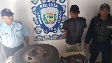 "Photo of Polifalcón detiene al ""Trompi"" por hurto en La Vela"