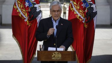 Photo of Piñera ve como «favorable» un cambio en la Constitución tras abusos en protestas
