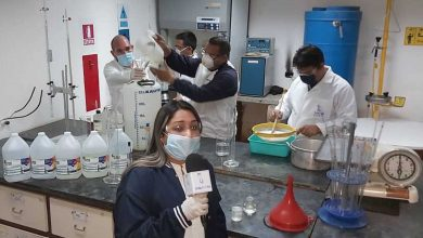 Photo of En la lucha contra el Covid-19 Unefm produce Gel Antibacterial